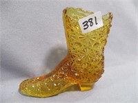 Fenton Glass Auction- MI & NH Collections