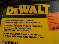 DEWALT ANGLE GRINDER--ELECTRIC--WORKS