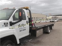 COMMERCIAL TOW TRUCK AUCTION