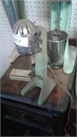 collectible / vintage  ice cream -restaurant -items