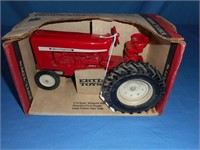 Mason Auctions - Toy Tractor Auction