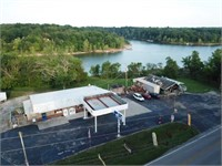 COMMERCIAL REAL ESTATE AUCTION - Rough RIver Lake