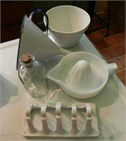 Examples of kitchen collectibles