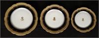 Société des anciens établissements A. HACHE & Cie VIERZON PARIS, set of white and cobalt blue plates, gold rim