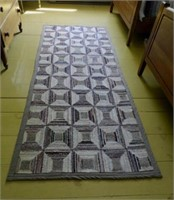 Country inspired area rug