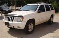 1999 Jeep Grand Cherokee, needs work.