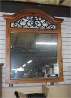 Live Antiques & Estate Auction w/ Internet Bidding Sat. 2/8