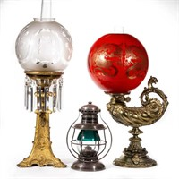 Large selection of lighting