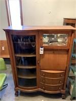 Glenda Deaver Estate Antiques, Furniture, & Collectibles