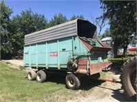 Online Only Auction of Two Silage Wagons (Ogden IA)