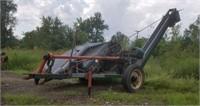 New Idea 323 Single Row Corn Picker