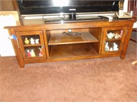 Bates Estate - Collectibles, figurines, & household items!