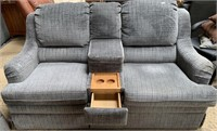 714 - BEAUTIFUL COUCH & LOVESEAT W/CUP HOLDERS