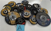 714 - MIXED LOT OF METAL CUTTING BLADES (A)