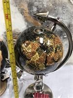43 - NEW WMC SET OF 3 BLACK/GOLD GLOBES