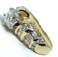 14KT YELLOW GOLD 2.05CTS DIAMOND RING FEATURES