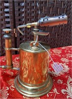 VINTAGE BRASS WORKING TORCH & WF EXPRESS OIL LAMP