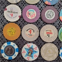 50 - LOT OF 30 VINTAGE CASINO CHIPS/TOKENS