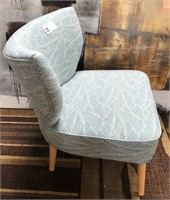43 - NEW MWC UPHOLSTERED BLUE PATTERN LOUNGE CHAIR