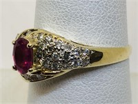 14KT YELLOW GOLD RUBY AND DIAMOND RING 2.90 GRS