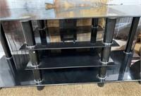 714 - BEAUTIFUL BLACK GLASS TV STAND