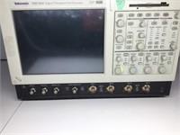 TDS 7054 Digital Phosphor Oscilloscope 500 MHz