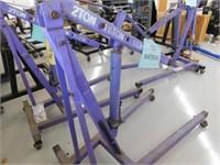 Hydraulic lift 2,000lb cherry picker lift
