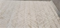 c - BEIGE AREA RUG 6'X10' NEEDS CLEANING (2)