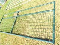 12' Wire filled gate (green) Bent bottom bar
