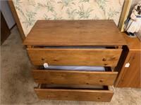 3-drawer chest