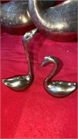 2  BIG BRASS SWANS AND 2 BABY SWANS