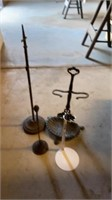 3 FIREPLACE TOOL HOLDERS AND 1 DOLL STAND