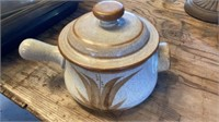 RIVAL STONEWARE POT, POTTERY POT AND LID,