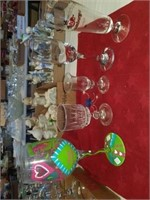 ASSORTMENT OF WINE AND DRINKING GLASSES