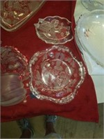 DECORATIVE CHRISTMAS GLASSWARE