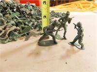 Toy Soldiers - dark green (200+)