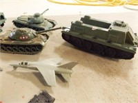 Toy Military Vehicles, Accessories (40+)