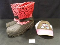 Girl's Snow Boots; Size 13; Cap
