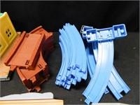 Train Set Pieces