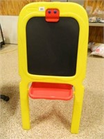 Crayola Chalkboard w/Dry Erase