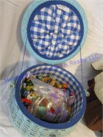 2 SEWING BOXES