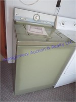 MAYTAG  CLOTHES WASHER