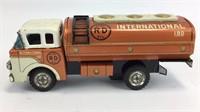 SAN Tin Fuel Oil Truck