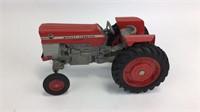 ERTL Massey-Ferguson 175 Diesel Tractor +