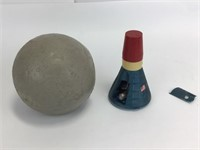 Manning Moonball & Space Shuttle Toy