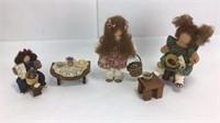3 Lizzie High Dolls + Furniture