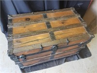 BEAUTIFUL WOOD STEAMER TRAVEL TRUNK Pirate Chest