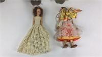 11 Vintage International Dolls