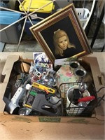 Finders Keepers Collectables and Customs Auction
