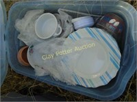 Tote of dishes